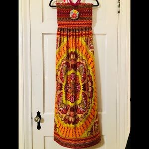 Dresses & Skirts - MAXI SUN DRESS OR BEACH COVER UP